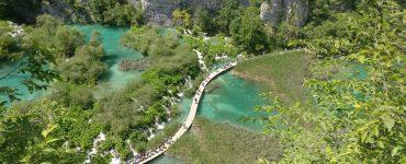 Plitvicos ežerų nacionalinis parkas: turistų perpildytas rojus