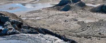 Azerbaidžano gamtos stebuklai: Gobustanas, purvo vulkanai ir liepsnojantis kalnas