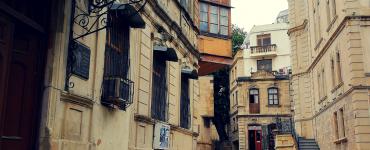 Kontrastingasis Baku