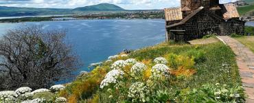 Armėnijos vienuolynai: Tatev ir Sevanavank