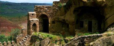 Apie apsilankymą David Garedži vienuolyne bei vaikščiojimą palei Azerbaidžano sieną